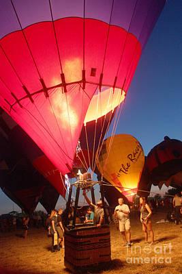 Balloon-glow-7831 Art Print by Gary Gingrich Galleries