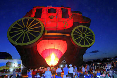 Wells Fargo Stagecoach Photograph - Balloon Glow/ Cent'r Stage Balloon by Kathy  White