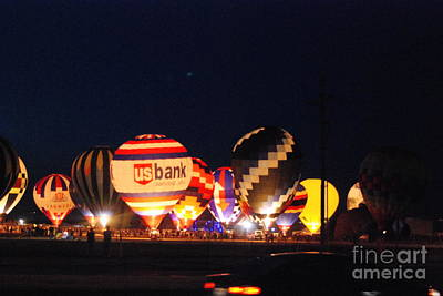 Photograph - Balloon Glow by Mark McReynolds