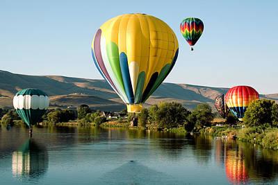 Balloons Photograph - Balloon Reflections by David Patterson
