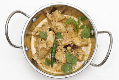 Photograph - Balti Chicken Pasanda In A Kadai Bowl by Paul Cowan