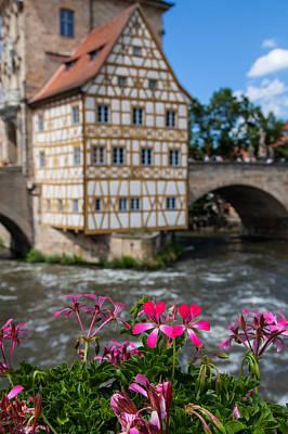 Bamberg Photograph - Bamberg Altes Rathaus by Shirley Radabaugh