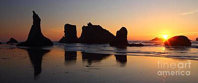 Photograph - Bandon Beach Sunset by Bill Singleton