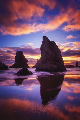 Bandon's Sunset Light Show Art Print by Darren  White