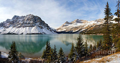 Photograph - Banff - Bow Lake In Autumn by Terry Elniski
