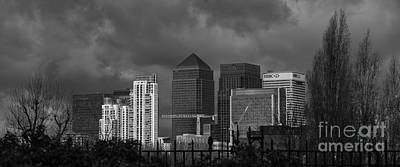 Banker Photograph - Bankers At Canary Wharf by Nigel Jones