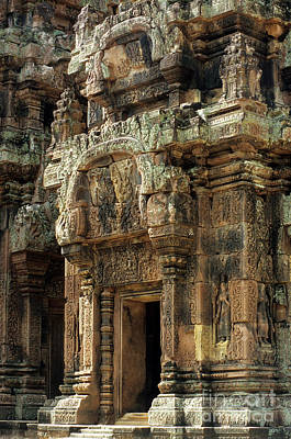 Photograph - Banteay Srei Temple 01 by Rick Piper Photography