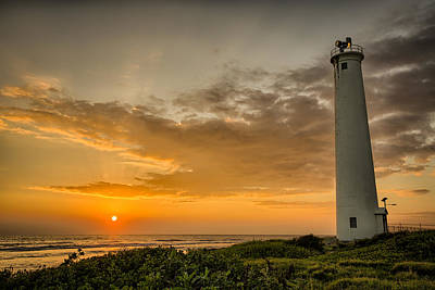 Photograph - Barbers Point Lighthouse by Chris Multop