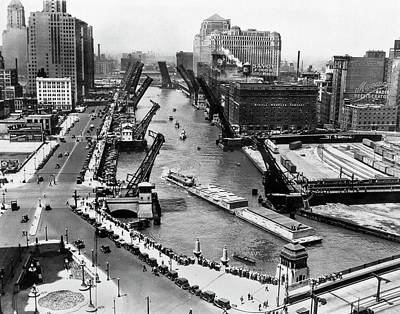 Photograph - Barges In Chicago by Underwood Archives