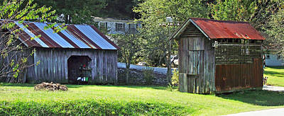 Photograph - Barn And Chicken Coop by Duane McCullough