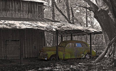 Photograph - Barn And Fleetmaster by Deborah Smith