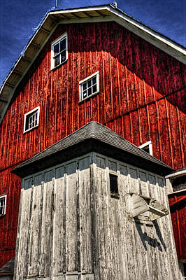 Photograph - Barn And Milk House by Roger Passman