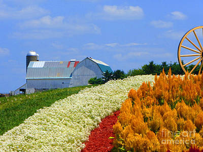 Middlebury Photograph - Barn And Quilt Garden by Tina M Wenger