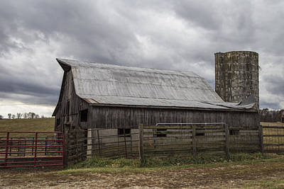 Barn And Silo In Kentucky  Art Print by John McGraw