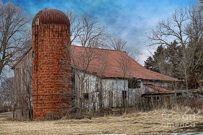 Photograph - Barn And Silo by Liane Wright