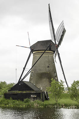 Barn And Windmill Kinderdijk Art Print