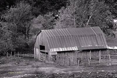 Photograph - Barn In Black And White by Edward Hamilton
