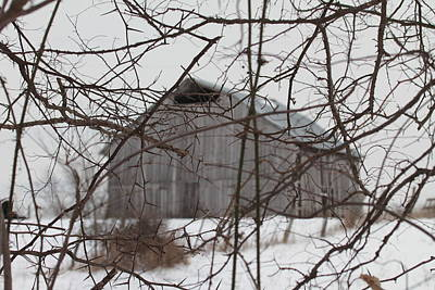 Barns In Snow Photograph - Barn In Kentucky No 18 by Dwight Cook