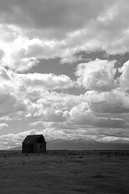 Photograph - Barn In Oregon Countryside II by Daniel Woodrum