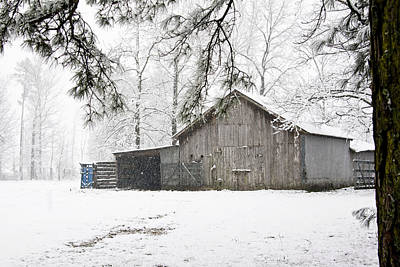 Photograph - Barn In Snow by Robert Camp