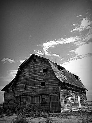 Wall Art - Photograph - Barn Lafayette 1 by Mickey Murphy