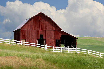 Photograph - Barn Of The Palouse by Melisa Meyers
