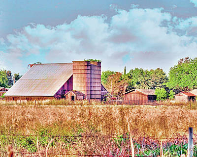 Photograph - Barn On Interstate 5 Ef by William Havle