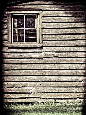 Photograph - Barn Window by Colleen Kammerer