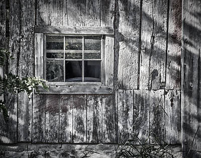 Abandoned Homes Photograph - Barn Window by Joan Carroll
