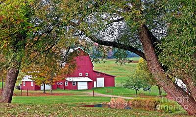 Photograph - Barn With Class by Christian Mattison