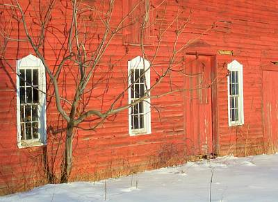 Art Print featuring the photograph Barnwall In Winter by Rodney Lee Williams