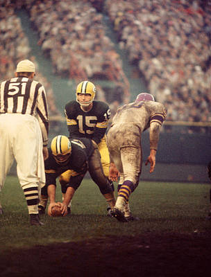 Football Photograph - Bart Starr Looks Calm by Retro Images Archive
