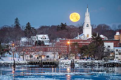 Mid-coast Maine Photograph - Bath Maine Moon by Benjamin Williamson