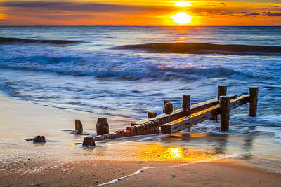 The Hamptons Photograph - Bathing Corp Sunrise by Ryan Moore