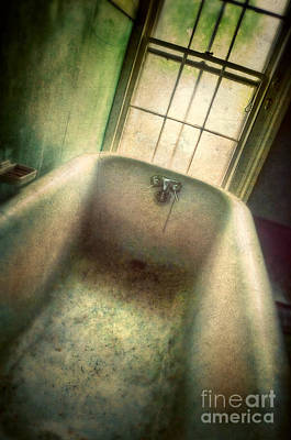 Photograph - Bathtub In Abandoned House by Jill Battaglia