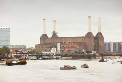 Battersea Power Station Art Print by Ashley Cooper