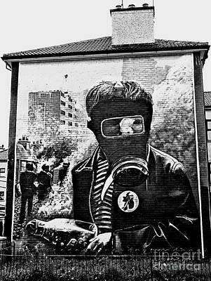 Photograph - Battle Of The Bogside Mural II by Nina Ficur Feenan