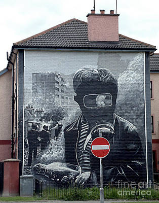 Photograph - Battle Of The Bogside Mural IIi by Nina Ficur Feenan