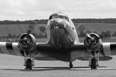 Photograph - Bbmf Dakota Kwicherbichen by Gary Eason