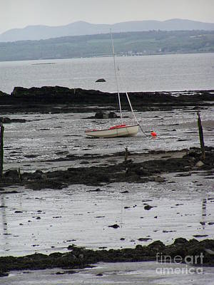 Scotland Photograph - Beach At Culross Scotland by Lesley Nolan