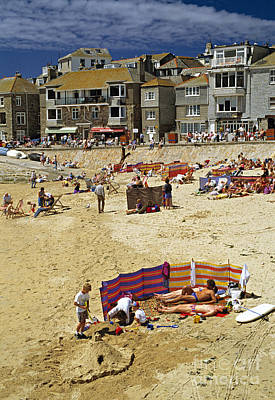 Beach At St Ives Cornwall Uk 1990 Art Print by David Davies