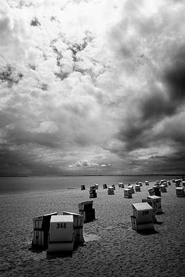 Pyrography - Beach Chairs - Sylt by Marc Huebner