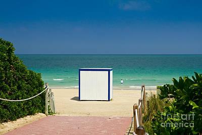 Photograph - Beach Entrance by Les Palenik