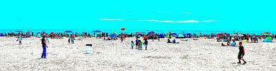 Beach Fun Frisbee Art Print