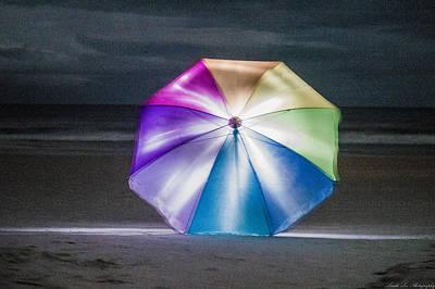 Beach Photograph - Beach Glow by Linda Toman