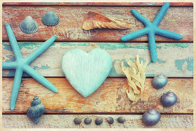 Shell Sign Painting - Beach Memories by Cora Niele