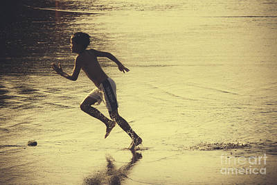 Photograph - Beach Runner by Soren Egeberg