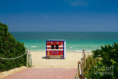 Photograph - Beach Shelter With Fire Truck Theme by Les Palenik