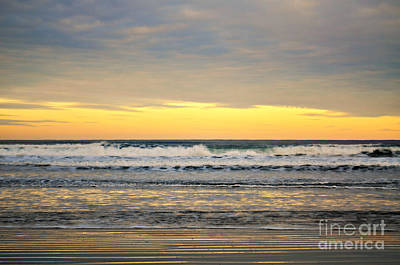 Photograph - Sunrise At Agate Beach by Mindy Bench