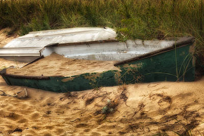 Photograph - Beached by Bill Wakeley